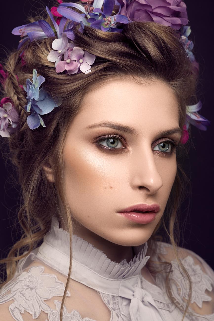 Photography: Emilie Granowska (FR); Retouching: Adrian Alexander Slezak for Ad Retouch Studio