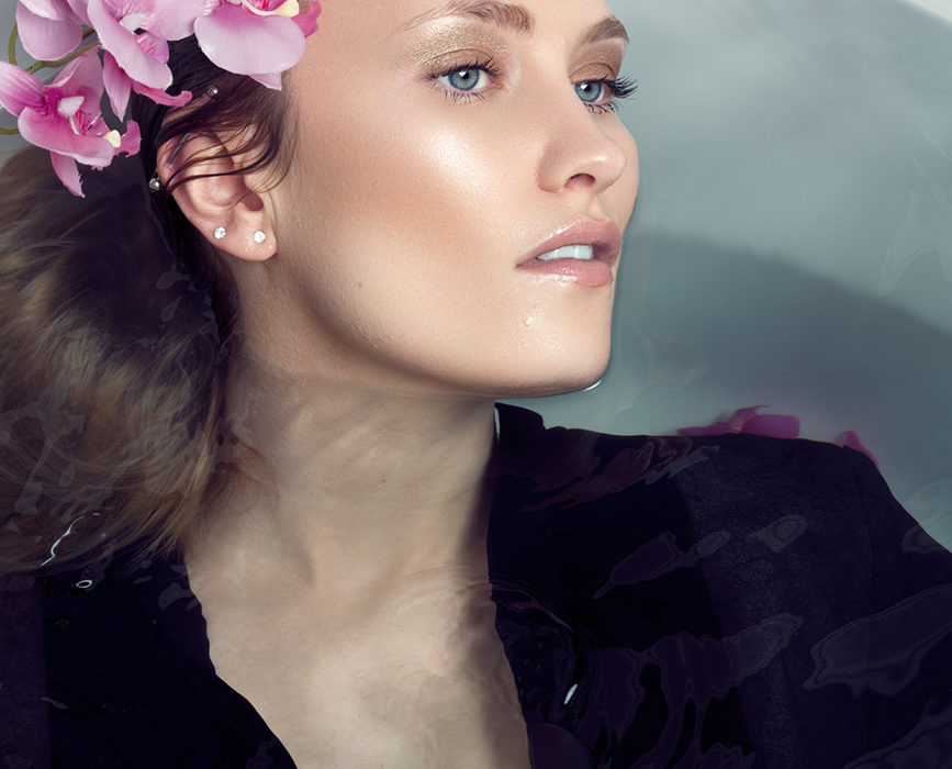 Photography: Isabelle Scappazzoni (FR); Retouching: Adrian Alexander for Ad Retouch Studio