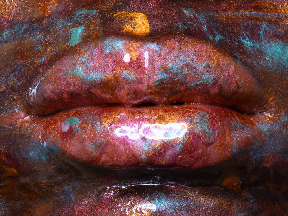Ad Retouch Studio lip gloss series image