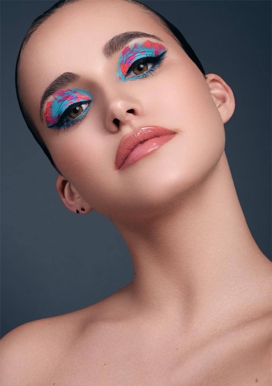 Photography: Ilona Teunissen; Post production: Ad Retouch Studio